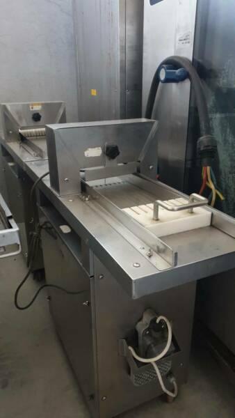 Sushi Cutting Machine -1